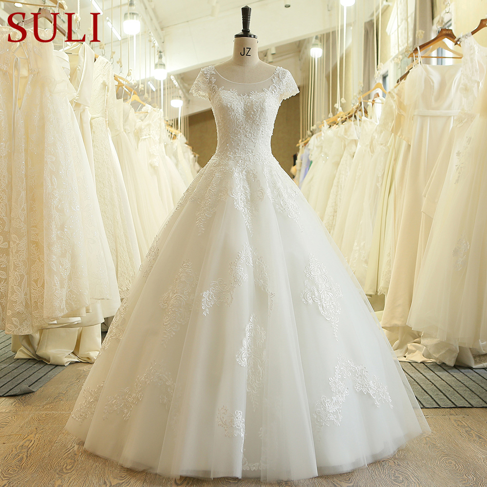 SL 3071 Charming A Line Short Sleeve Lace Appliques Beach Vintage Crystal Wedding Dress Boho