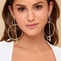 Grandes boucles d'oreilles or ou argent Boucles d'oreilles Bella Risse https://bellarissecoiffure.ch