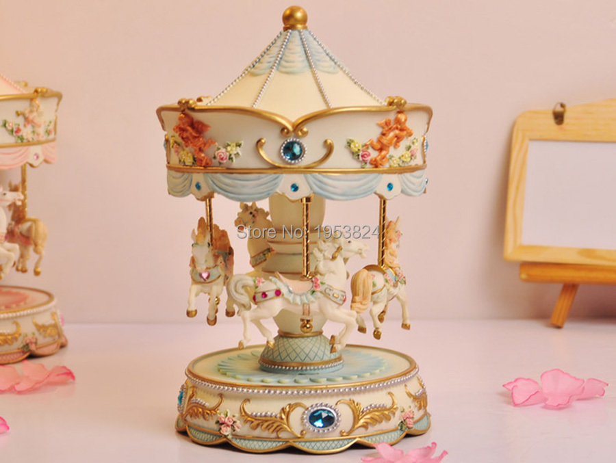carousel music box (15).jpg
