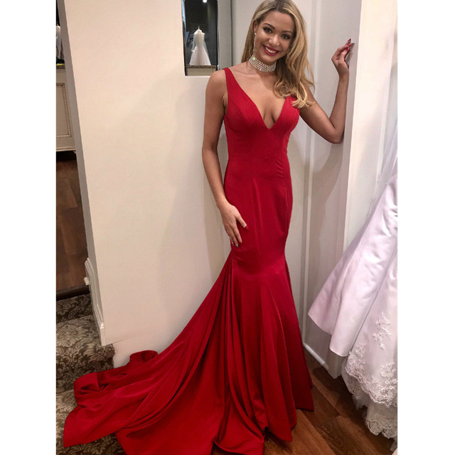 2019 Elegant Red Long Bridesmaid Dresses V Neck Mermaid Long Train Wedding  Guest Dress Custom Made Cheap Maid Of Honor Gowns 5a10134d08f2