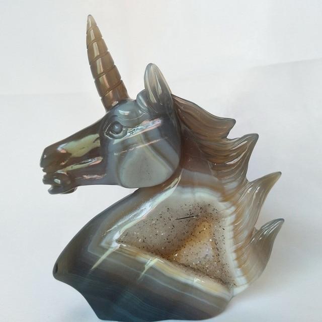 천연 석재 마노 크리스탈 클러스터 조각 유니콘 크리스탈 해골 크리 에이 티브 조각 홈 장식 고귀하고 순수한