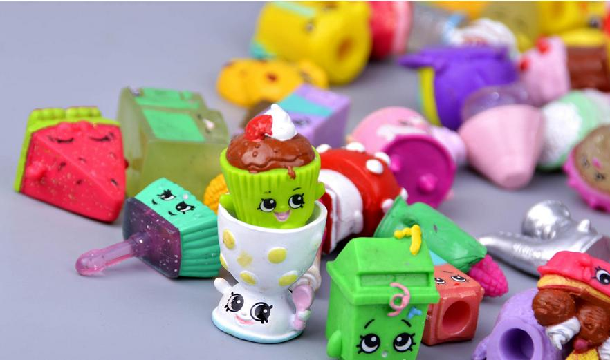 20Pcs/lot Many Styles Fruit Dolls Shop Family Kins Action Figures Pen Puppets Mixed Seasons Kid Playing Toy Christmas Gift