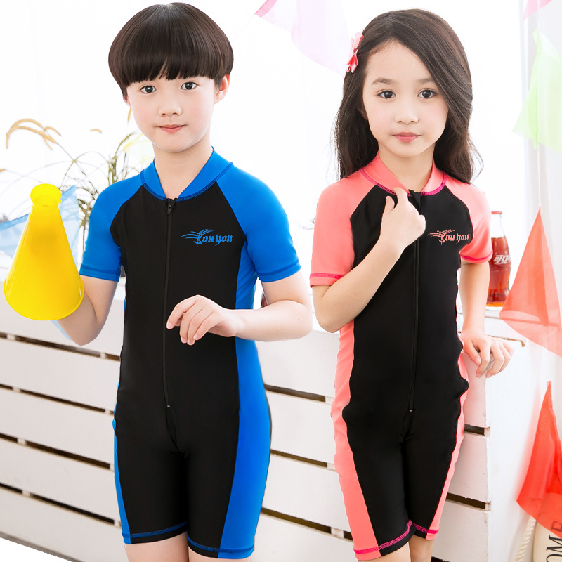 Kids Rash Guard For Boys Girls Swimwear Short Sleeve Children Swimsuits  Surfing Bathing Suits One Piece Bodysuits 2018 DBO 05f94e1a8