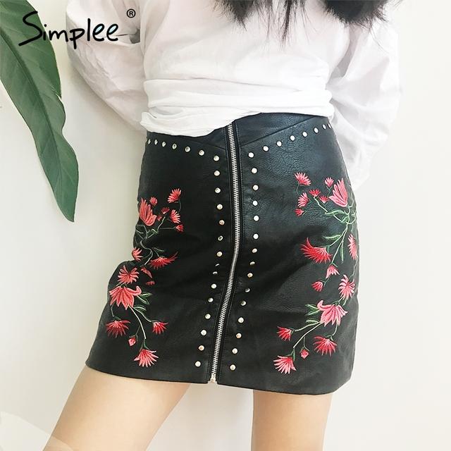 Simplee Sexy floral embroidery PU leather skirt Vintage high waist zipper short skirt Summer party streetwear slim mini skirt