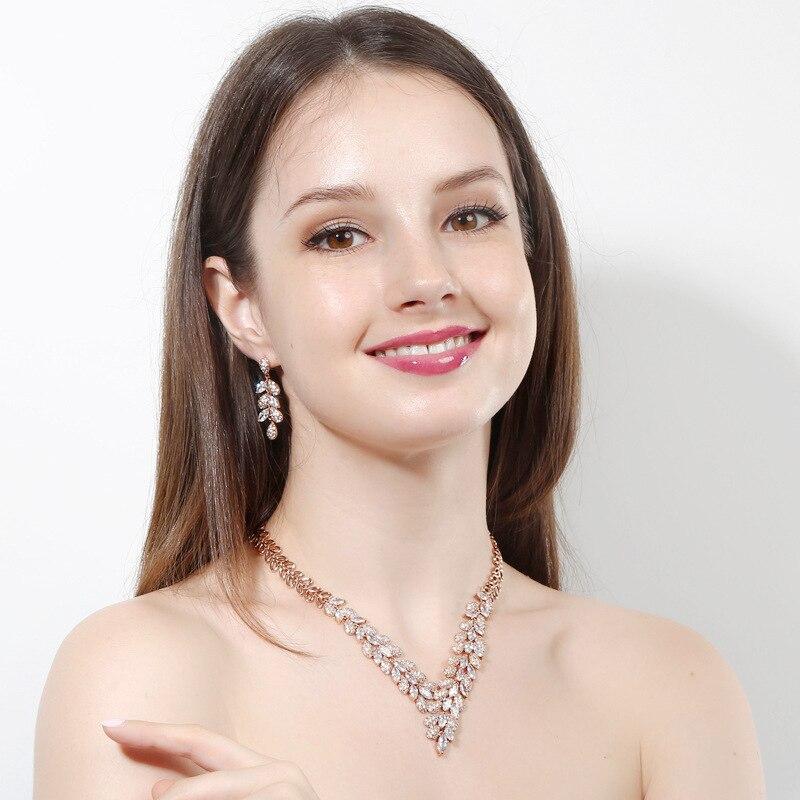Nowe luksusowe kobiety zestawy biżuterii z cz kamień 2 sztuk zestawy biżuterii (naszyjnik i kolczyk) sukienka koktajlowa akcesoria darmowa drop shipping w Zestawy biżuterii od Biżuteria i akcesoria na  Grupa 2