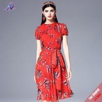 2018 새로운 활주로 패션 디자이너 여름 드레스 높은 품질 여성의 퍼프 소매 쉬폰 인쇄 우아한 레드 드레스 + 스카프 무료 DHL