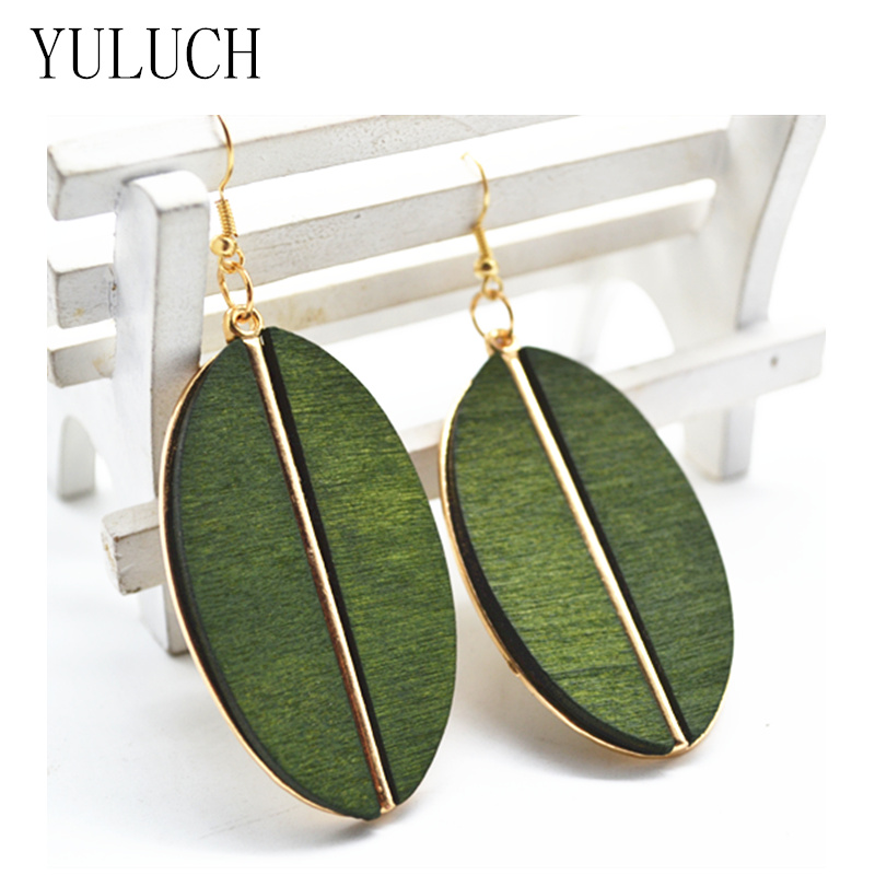 2017 New Design Woman's Earrings Fashion Design Handmade Wood Lady African Style Metal Material Inlaid Wood Green Dangler
