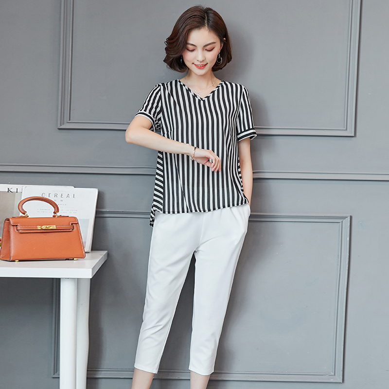 Plus Size Summer Striped Two Pieces Sets Women Short Sleeve Tops And Cropped Pants Suits Sets Casual Korean Women's Costume 2019 27