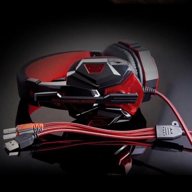 ONIKUMA PC780 Wired Gaming Headphones 3.5MM HIFI Bass Stereo Gaming Headset  LED Flashing Gaming Headphone with MIC USB Plug