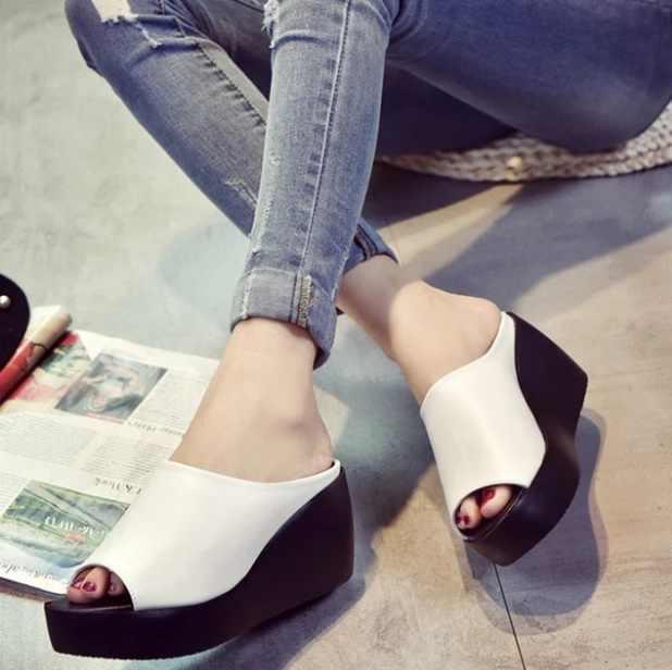ผู้หญิงรองเท้าแตะ 7.5 ซม. แพลตฟอร์ม Wedges รองเท้าผู้หญิงหนาเปิด Peep Toe รองเท้าแตะหนังฤดูร้อนสไตล์สไลด์สีดำรองเท้า