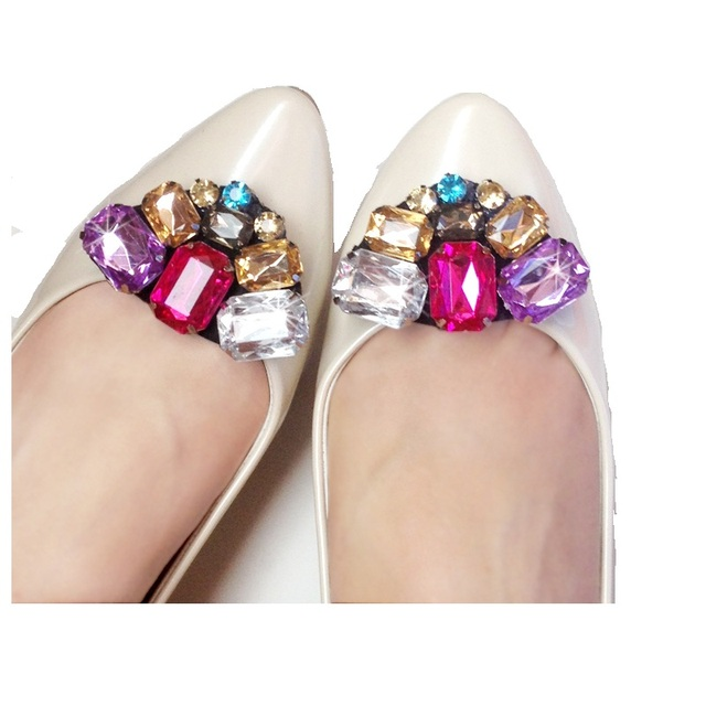 1pair NEW Diy shoes flower charms flats sandals high-heel pumps accessories  crystal shoe clips 3a75e83a367a
