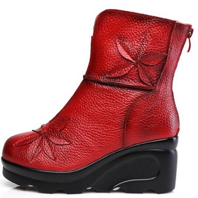 แฟชั่นใหม่ผู้หญิงหนังแท้บู๊ทส์ในช่วงฤดูหนาวรองเท้าสบายๆผู้หญิงเวดจ์รองเท้าแฮนด์เมดผู้หญิงรองเท้าข้อเท้า-ใน รองเท้าบูทหุ้มข้อ จาก รองเท้า บน   3