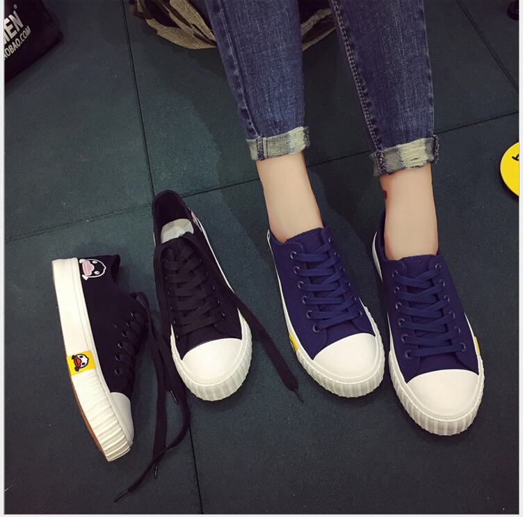 2017 Spring Autumn New Women Fashion Top Canvas Shoes cartoon duck low to help students with Lace-Up leisure cloth shoes