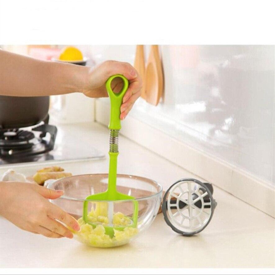 Creative good quality  auto pressure kitchen kitchen gadgets pressure potato is
