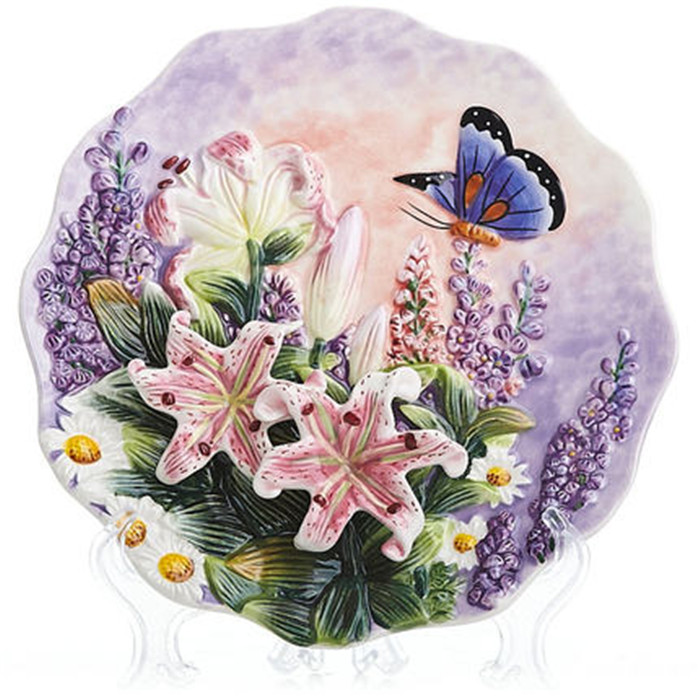 Creative Handmade Painted Emboss Lily Butterfly Flower Decorative Hanging Plate Ceramic Plate