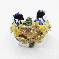 2016 גילופי הבארוק אופנתי זהב אסיה דבורה הבזקי ברודסייד קריסטל פרח צמיד נשי צמיד נשי 1346
