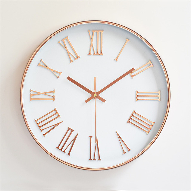 Nordic Style Circular Wall Clock Rose Gold Roman Numeral Hanging Coffee Modern Simple Mute Needle