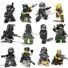 12pcs Swat Special Forces Police the Wraith Assault CS Minifigures with Weapon Action Figure Building Toys Compatible with leg0