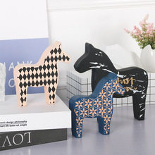 Creative Nordic Trojan Horse Decorative Furnishings Simple Art Home TV Cabinet Desk Decoration Girls Room Pony Modeling Ornament