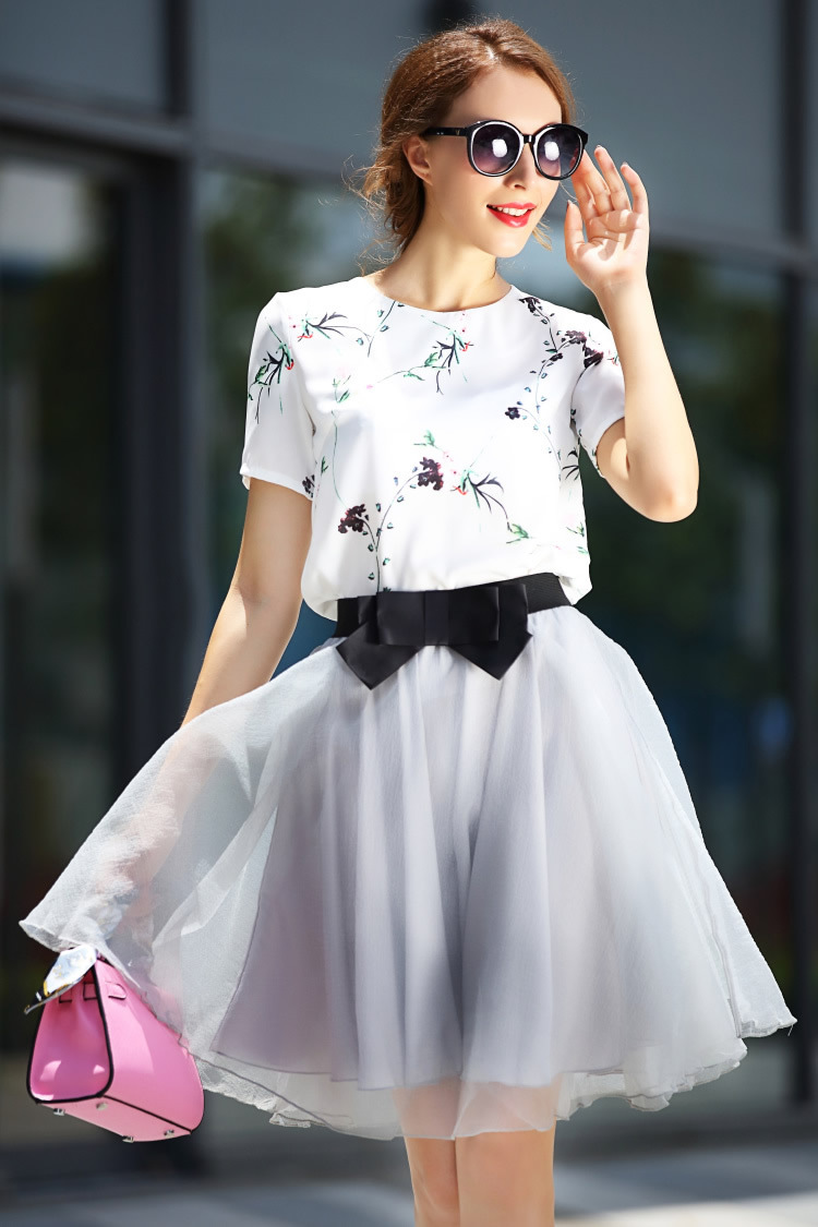 869a21a563 Female Summer Cloth White Flower Printing Blouse +Bow Ball Skirt Gown Crop  Top and Skirt Set Clothing Suit Women ND0605 -in Women's Sets from Women's  ...