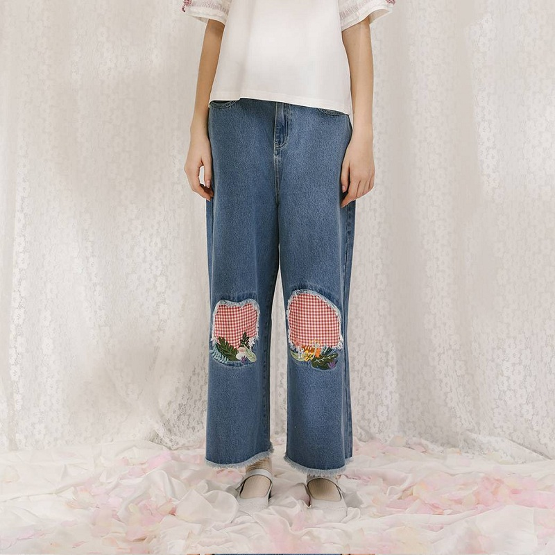 Fashion New Women Jeans Ankle-length Denim   Pants     Capris   Patchwork Mid-waist Plant Embroidery Hole Famme Jean Trouser 2018 Summer