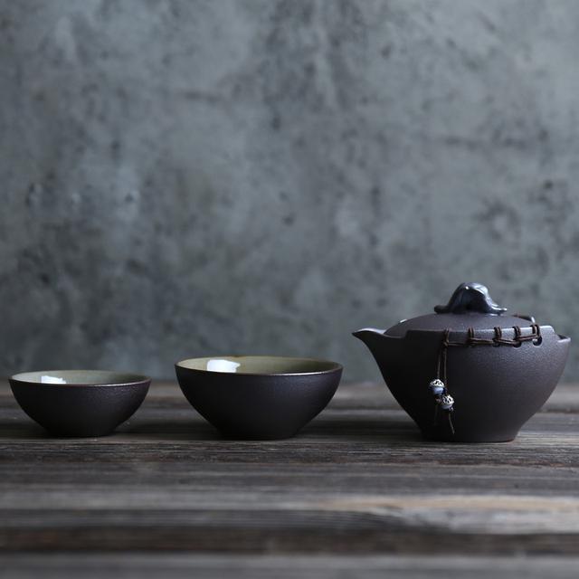 Gaiwan and 2 Tea Cups