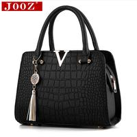 Crocodile Leather Women Bag V Letters Designer Handbags Luxury Quality Lady Shoulder Crossbody Bags Fringed Women