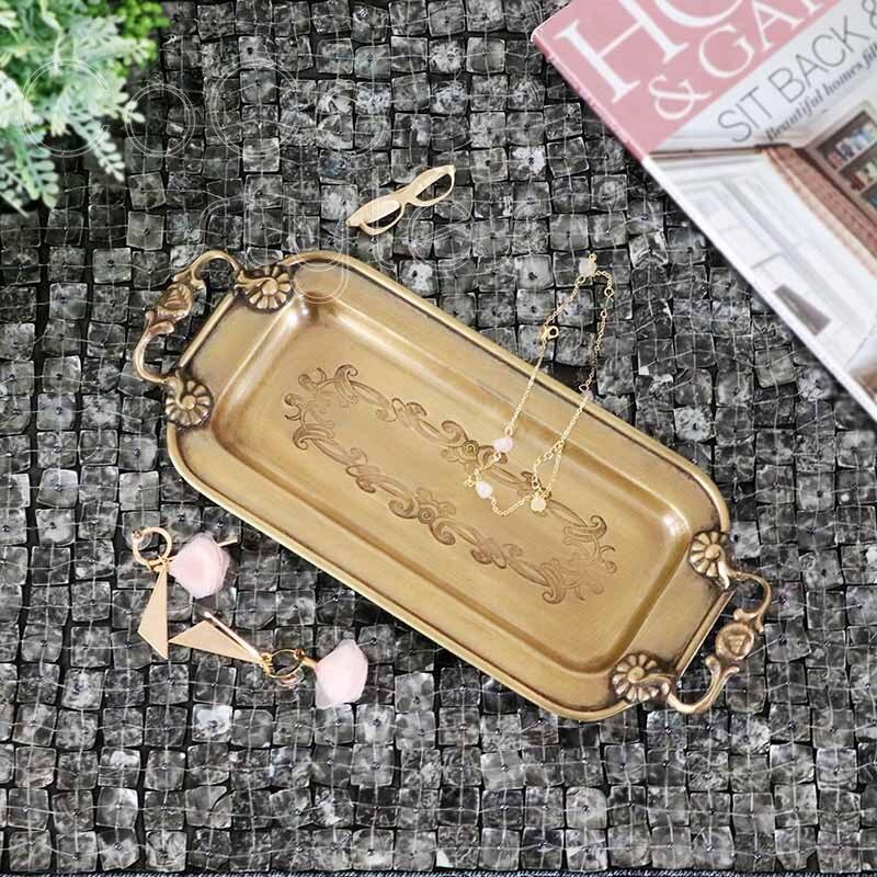 Cocostyles InsFashion joli plateau de rangement pour bijoux et stylos en laiton fait main avec poignées pour décor à la maison de style américain moderne