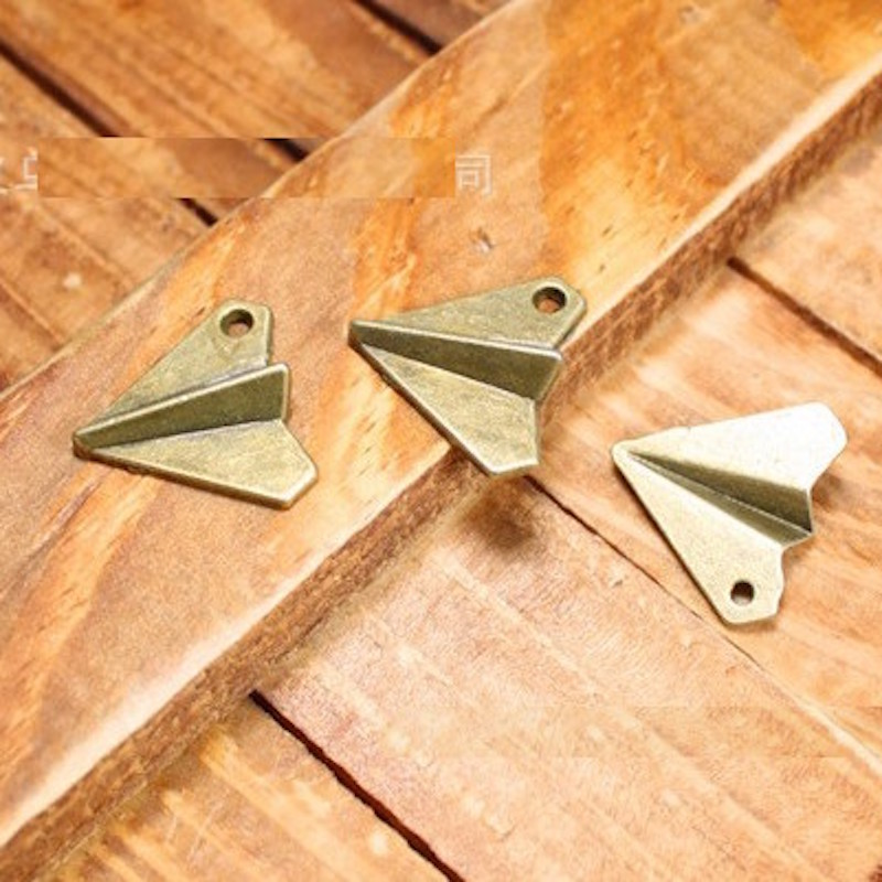 18mm alloy Charm Pendants Paper airplane Ancient bronze Retro Woven Bracelet pendant jewelry accessories DIY material