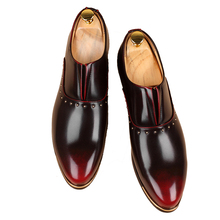 New Handmade Long Gold Rivet Men Red Bottom Loafers Gentleman Luxury Fashion Stress Shoes  Men Wedding and Party Slip on Flats