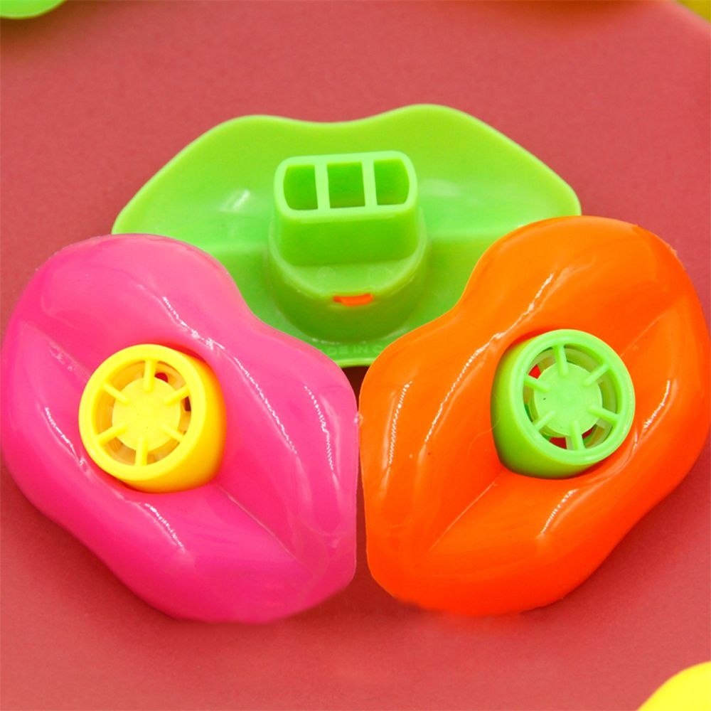 15pcs/bag Mouth Lip Whistle Christmas Toy Decoration Funny Game Prize Plastic Whistle Party Toys Lucky Loot Whistle Lip Shape
