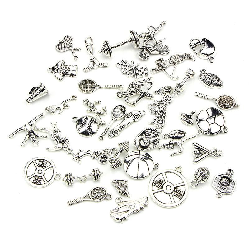 Nombre de pulsera con dijes de plata tibetana