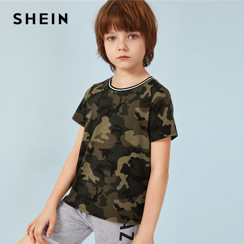 SHEIN Kiddie Striped Neckline Camouflage Print Boys T- Shirt Children Clothing 2019 Summer Short Sleeve Casual Teenager Tee Tops недорго, оригинальная цена