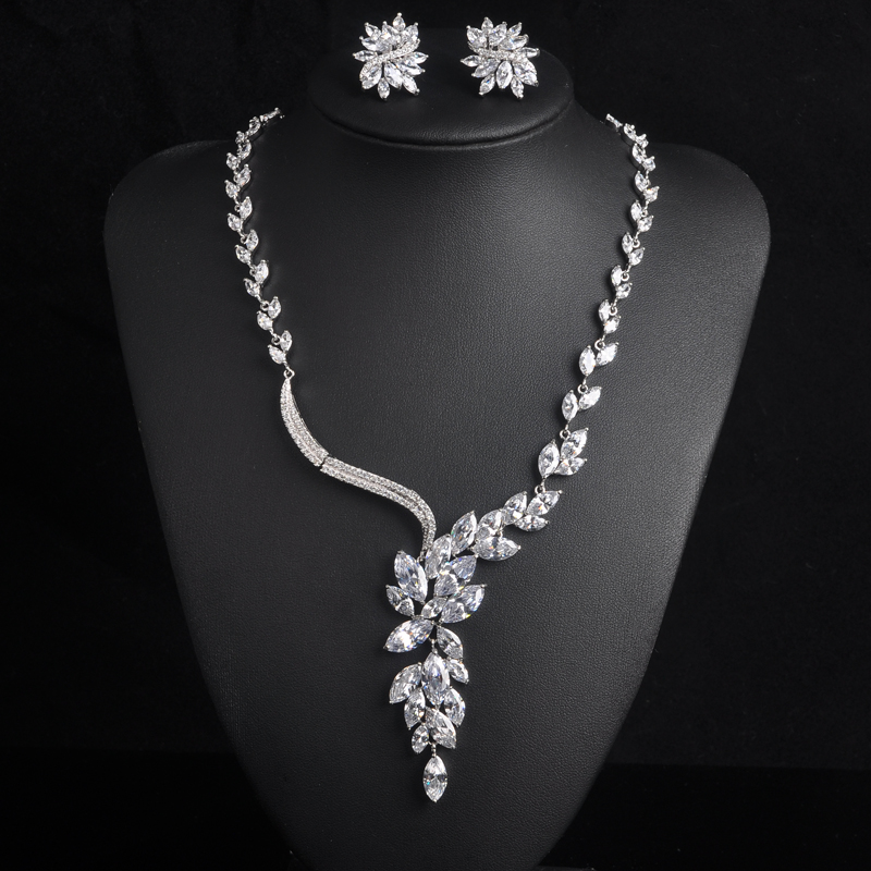 Hot Sale Luxury Crystal Full CZ Women Bridal Jewelry White Gold Color Earring Necklace Set For Female Dress Accessories S-003Hot Sale Luxury Crystal Full CZ Women Bridal Jewelry White Gold Color Earring Necklace Set For Female Dress Accessories S-003