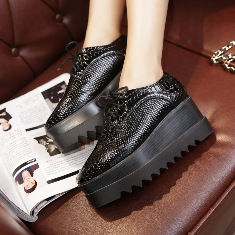 New 2019 Spring and Autumn Luxury Height Increasing Women Shoes Flat Platform Brand Fashion Womens Flats Shoes Black