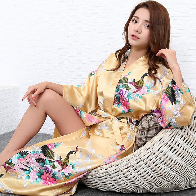 New Sleepwear Sexy Nightgown Rayon Nightwear Print Peacock Robe Gown Womens Kimono Bathrobe Bride Bridesmaid Wedding Dress