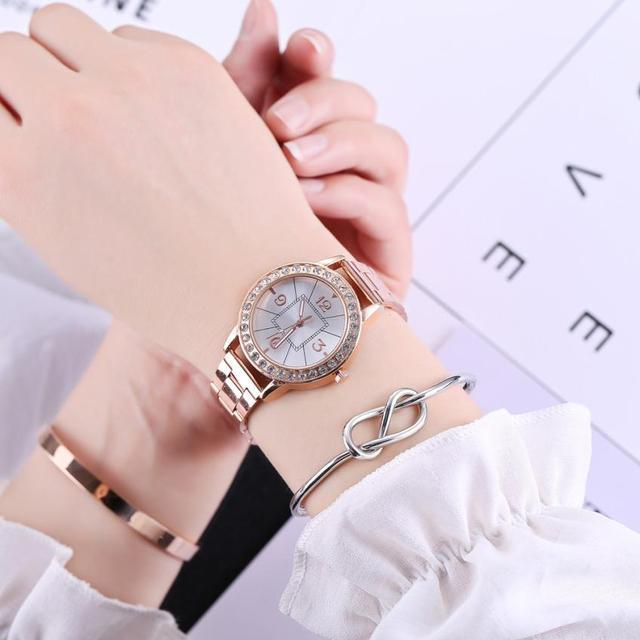 מזדמן מזכרות יום הולדת מתנות נשים של קוורץ שעון אופנה נירוסטה Steeel רטרו יפה לשני המינים גבירותיי שעוני יד 2018 # D