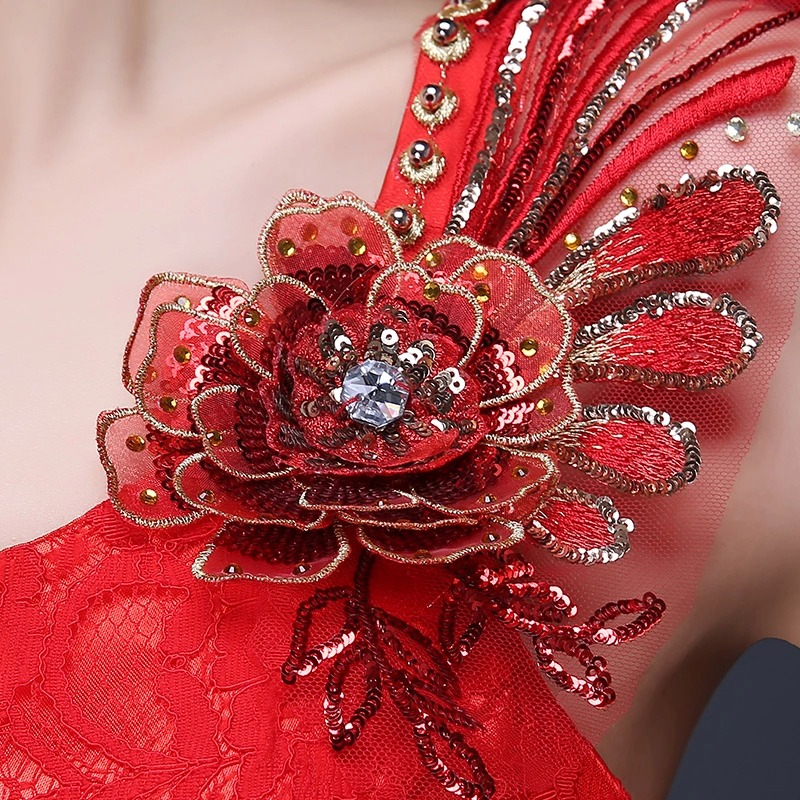 Kinesiske røde kvinner cheongsam kjoler slash stroppeløs havfrue - Nasjonale klær - Bilde 4