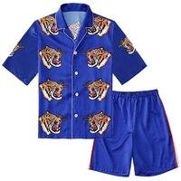 Мужские атласные пижамные комплекты лето шелковистой button blue с принтом тигра сна рубашка и шорты для дома носит модные роскошные пижама моде