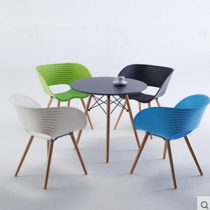 YINGYI Vente Chaude Moderne En Plastique Manger Chaise Avec Bras Noir Blanc Rouge Couleur Dans Chaises De Table Meubles Sur AliExpress