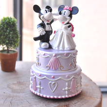MK & MN romantic wedding music box resin crafts ornaments