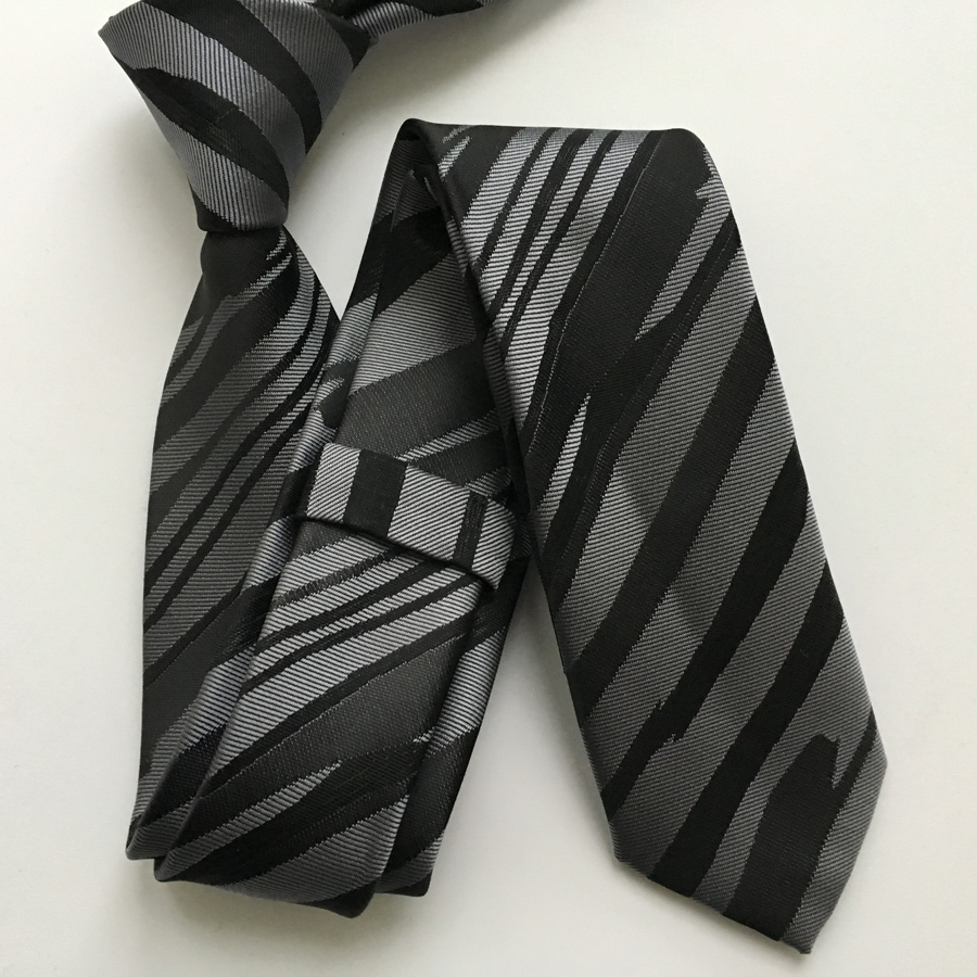 Designer Slim Tie High Quality Woven Neck Ties Stylish Black Silver Striped Gravata Free Shipping