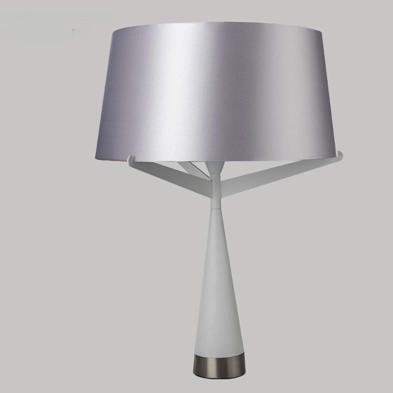Творческий настольные лампы для спальни тумба Белый черной ткани творческий исследование Простой art лампа светильник украшения ZA
