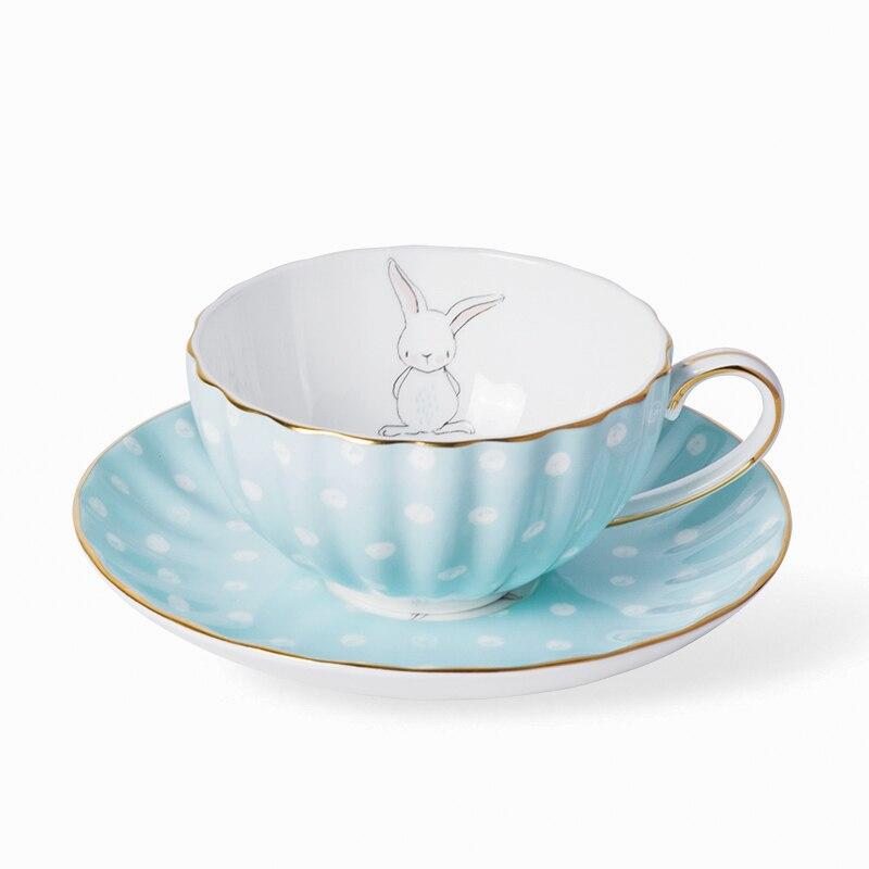 180 ml Européenne Style Britannique Blanc Points Petit Lapin En Céramique Porcelaine Café Tasse Soucoupe Tasse de Thé Noir Lait tasse avec Cuillère