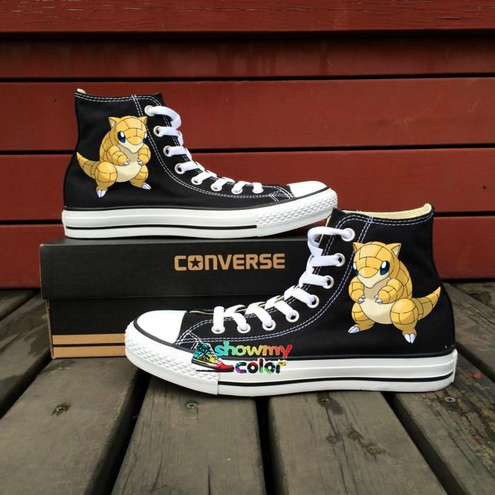 Prix pour Noir Converse All Star Femmes Hommes Chaussures Pokemon Aller Sandshrew Design Peint À La Main Chaussures Keds Sneakers Cadeaux