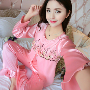 Image 4 - 새 실크 잠옷 여성 자수 레이스 홈 의류 코사지 잠옷 여성용 긴 소매 잠옷 홈 슈트 pijama mujer