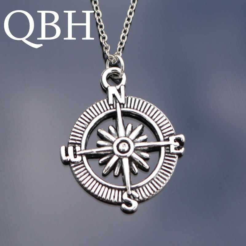 NK809 Punk Collares New Bijoux Men Pendant Love Vintage Silver Plated Compass Necklace For Women Chain Clavicle Jewelry