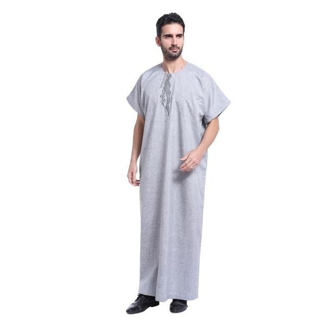 6821 Homens Roupas Muçulmano Islâmico Saudita abaya Bordado plus size masculina dubai Kaftan mangas curtas roupas Jubba