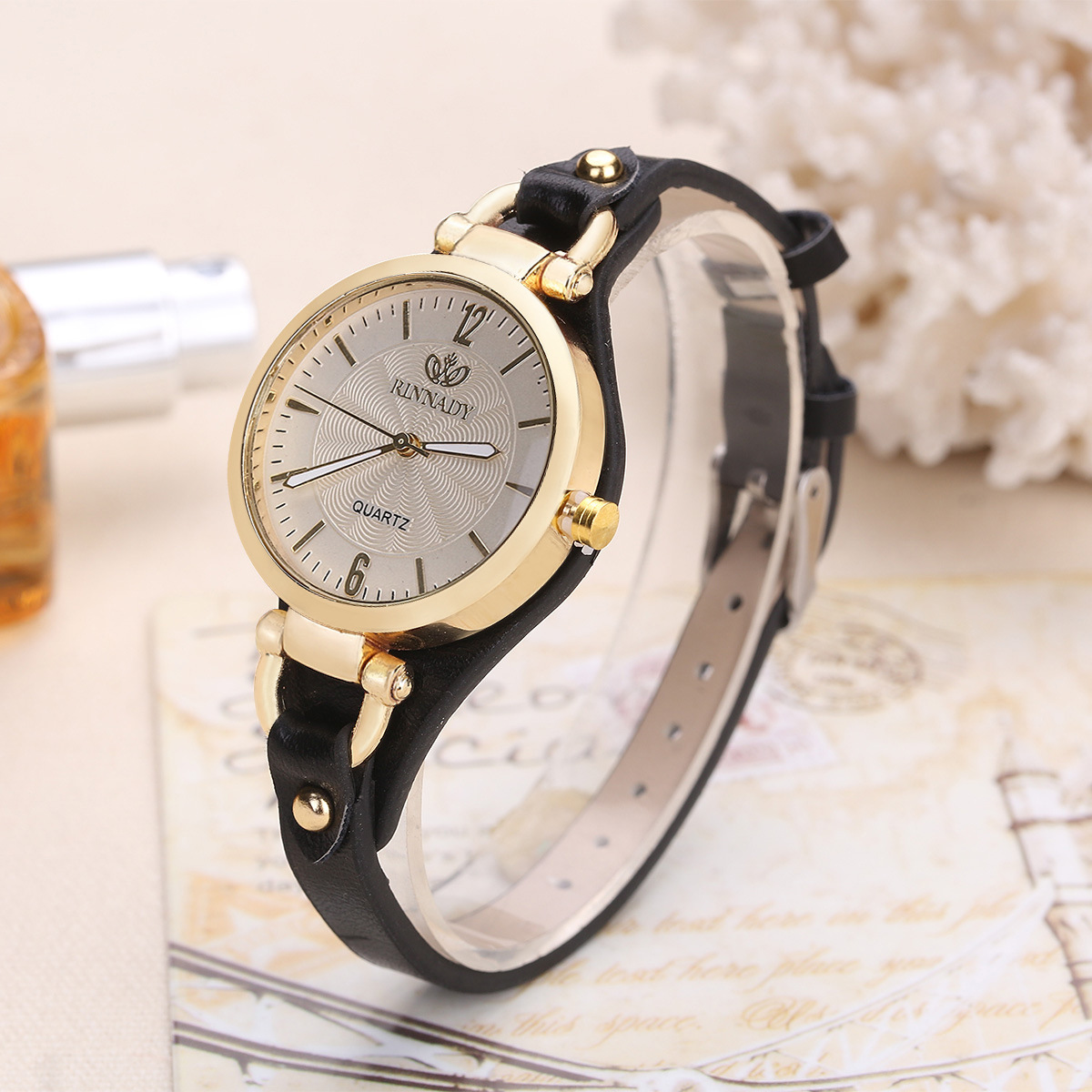 Thin Leather Casual Luxury Woman Watch Gold Dial Ladies Quartz Watch 2