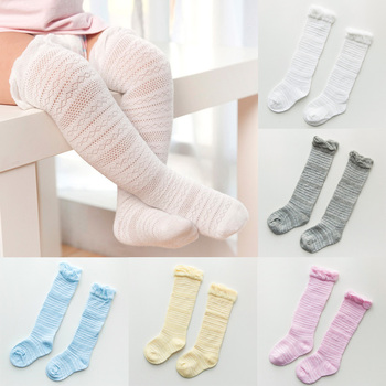 Moda novedosa Leggings para niñas pequeñas hasta la rodilla con lazos bonitos Leggings para bebés de tubo largo Ropa para Niñas bebés 0-3T